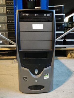 PC Sempron 3000+, 1GB RAM, 160GB HDD, DVD-RW